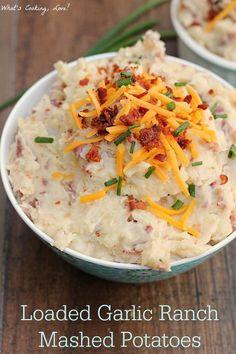 Loaded Garlic Ranch Mashed Potatoes. |whatscookinglove.com| #sidedish #potato