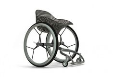 Benjamin Hubert of experience design agency Layer has designed the world's first consumer wheelchair.The GO wheelchair prototype is the first project under Layer's new research division, LayerLAB, and has beencreated in collaboration with Mat… 3d Printing Business, 3d Printing Service, Impression 3d, 3d Printed Objects, Journal Du Design, Medical Design, Healthcare Design, 3d Prints, Layers Design