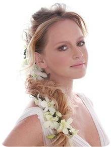 9-penteado-de-noiva-trança-com-flores-naturais.jpg (220×290)