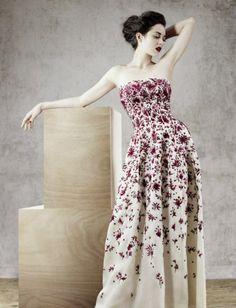 Vintage Dior Portugal evening gown in white organdie with cerise embroidery 1957 spring/summer collection