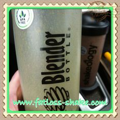After doing 3 workouts, I was STARVING!  I juiced some carrots, spinach, spring mix, an apple and an orange and added it to 1.5 scoops of Greenberry Shakeology with some Organic Mango Lemonade.  So yummy!!!!!  No passing out here!!!!!