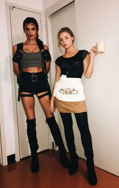 Lara Croft and Rachel Green Halloween costume 🤘🏼💓☠️ - FBI Kostüm - Halloween Costumes For Brunettes, Badass Halloween Costumes, Halloween Costumes Women Creative, Halloween Look, Couple Halloween, Halloween Outfits, Costumes For Women, Lara Croft Halloween Costume, 90s Costume