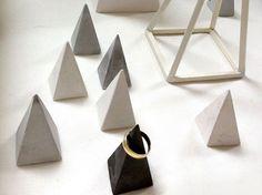 Symbol & Rituals, plaster pyramid ring holder