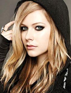 Avril Lavigne - Google Search