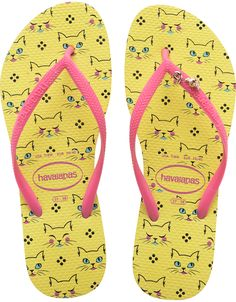 Havaianas Slim Pets Sandal in Kittens Revival Yellow Print