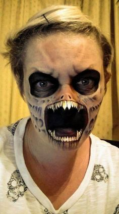 A mum-of-three has turned her children's face-painting hobby into a Halloween horror show.Nikki Shelley, started by painting her kids for Halloween and then moved on to create monsters, zombies an. Makeup Fx, Scary Makeup, Media Makeup, Zombie Makeup, Skull Makeup, Halloween Kostüm, Halloween Face Makeup, Halloween Costumes, Horror Makeup
