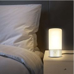 Luwatt offers a contemporary designed, space and energy efficient LED table lamp that is perfect to provide night lightning or background for modern h… Ikea Lamp, Nightstand Lamp, Desk Lamp, Table Lamps, Farmhouse Lamps, Rustic Lamps, Bedside Lighting, Touch Lamps Bedside, Desk Light