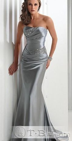 Details about Silver satin Beaded Evening/Prom Dress/Party/Formal Gown Wedding Gown - Vestido para matrimonio - Bridesmaids dresses Party Dresses Online, Prom Party Dresses, Ball Dresses, Dress Prom, Long Dresses, Dress Online, Occasion Dresses, Dresses 2014, Homecoming Dresses