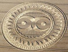 Ufopolis.NET: Simbología universal en los crop circles (V): El Buho