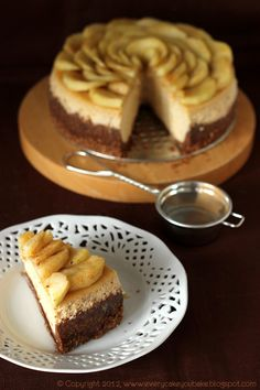 Cinnamon cheesecake with apples