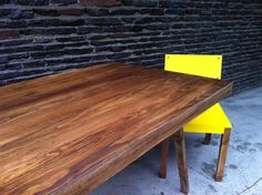 Cache table by lilk muebles
