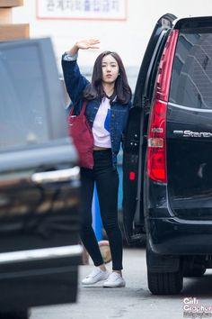 Ulzzang Fashion, Kpop Fashion, Asian Fashion, Fashion Outfits, Basic Outfits, Korean Outfits, Casual Outfits, Cute Outfits, Korean Airport Fashion