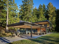 Pole Pass Retreat Modern Home in Orcas Island, Washington by Olson… on Dwell Stairway To Heaven, Modern Exterior, Interior And Exterior, Orcas Island, San Juan Islands, Waterfront Homes, Indoor Outdoor Living, Mid Century House, Modern House Design
