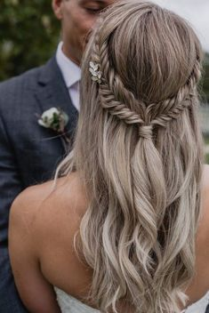 Bridal Hairstyles With Braids, Braided Hairstyles For Wedding, Boho Hairstyles, Pretty Hairstyles, Medium Bob Hairstyles, Hairstyle Wedding, Simple Hairstyles, Hair Updo, Popular Hairstyles