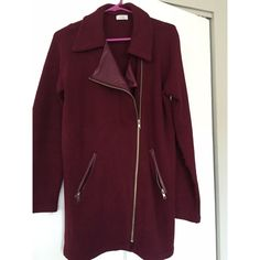 """Tobi Maroon Asymmetrical Jacket Trendy Tobi Maroon Asymmetrical Jacket. Faux leather lapels and zipper details. 100% acrylic. Good condition, worn once  I'm 5'2"""" jacket length hits mid-thigh. Perfect as a throw over to complete any outfit  If you would like to make an offer, please use the 'Offer' feature ⟨Bundle & save ≫ One time shipping fee⟩ NO trades Tobi Jackets & Coats"""