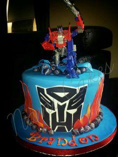 Transformer cake.  Fondant.