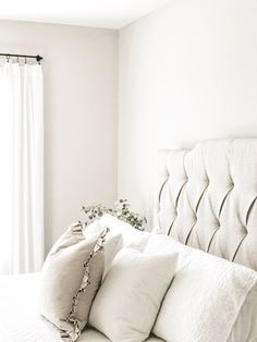 My favorite neutral paint colors and stains - Best Neutral Paint Colors, Behr Paint Colors, Paint Colors For Home, House Colors, Wall Colors, Farmhouse Paint Colors, Kitchen Colors, Neutral Kitchen, My New Room