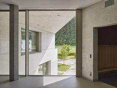 Escuela Zinzikon en Oberwinterthur, por Adrian Streich
