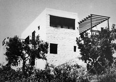 """Atelier 66 (Dimitri and Souzana Antonakákis) /// Vacation House /// Porto Cheli, Greece /// 1967 OfHouses guest curated by FIG projects: """"The house combines indoor rooms and outdoor spaces to. Athens, Outdoor Spaces, Greece, Indoor, Vacation, Architecture, Inspiration, Image, Rationalism"""