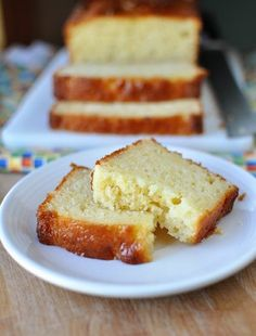 """Lemon Yogurt Bread - we tried this recipe made into muffins for dinner tonight. I threw in some poppy seeds just for fun and it was delicious!"" -my mommy :) Lemon Recipes, Sweet Recipes, Cake Recipes, Dessert Recipes, Yogurt Bread, Lemon Bread, Yogurt Cake, Lemon Loaf, Just Desserts"