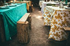 Love the idea of having a coloured tablecloth for the bridal party table (possibly also parents/grandparents?)