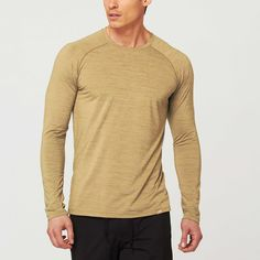 Path Long-Sleeve Tee // Olive ¡¤ lightweight long sleeve¡¤ blend of nylon, polyesterand spandex¡¤ unbelievably soft to the touch¡¤ four-way stretch¡¤ breathable, wicking and moisturemanagemen