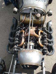 Automotive Engineering, Automotive Art, Vintage Sports Cars, Vintage Race Car, Old Race Cars, Old Cars, Drones, Bike Cart, Car Engine