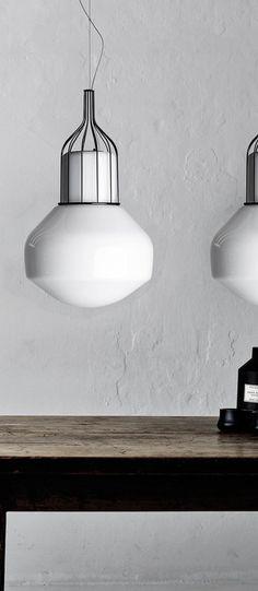 La lampe à poser Bale est signée par le talentueux Enrico Zanolla - cree ta propre maison