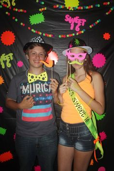 I thought I would share some of my daughter's Sweet 16th Birthday Party. I used neon everything. Pretty much anything neon glows un...
