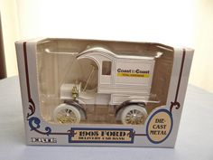 Vintage Collectible Ertl 1/25 Scale Die-cast Coast to Coast 1905 Ford Delivery Car / Coin Bank \\ CLEARANCE!!