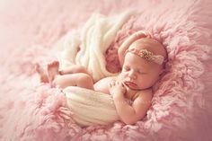 Wow, love all the light.  Newborn photography
