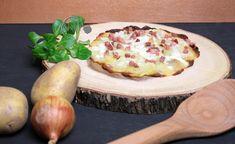 Kartoffelflammkuchen Rezept ohne Teig auf www.ge-sagt.de Snacks, Baked Potato, Potatoes, Eggs, Baking, Breakfast, Ethnic Recipes, Food, Apple Recipes