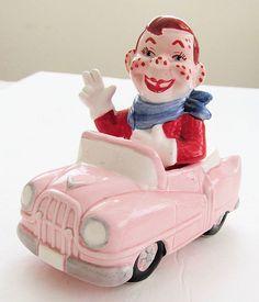 Rare HOWDY DOODY in His CONVERTIBLE Car VIntage Salt & Pepper Shakers by Vandor.