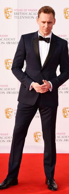 Tom Hiddleston at BAFTA TV Awards 2016. (Source: tomhiddleston.us http://tomhiddleston.us/gallery/displayimage.php?album=730&pid=33238#top_display_media ) Full size image: http://tomhiddleston.us/gallery/albums/2016/events/baftaarrivals/043.jpg Photoset: http://maryxglz.tumblr.com/post/156934410017/tom-hiddleston-at-bafta-tv-awards-2016-source