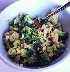 Healthy Tuna and Broccoli Salad! So good! All in one bowl lunch. Great for taking to go.