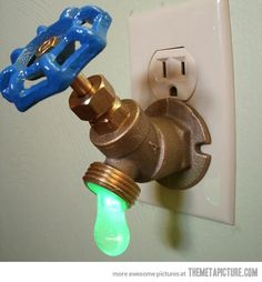 """Green LED Faucet Valve night light It's a. - Green LED Faucet Valve night light """" It's a standard ¾"""" brass sillcock, converted into a night light. Turning the valve actually turns on the ¼ watt LED bulb in the hanging drop of """"water"""". Green Led, Cool Inventions, Kids Room, Boy Room, Household, Geek Stuff, Water Faucet, Water Spout, Crafts"""