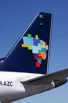 ▸Brazilian Airlines Embraer 190 - with the tail representing the map of Brasil. Azul Brazilian Airlines, Commercial Plane, Airline Logo, Wonderful Machine, Flight Attendant, Aerial Photography, Vintage Advertisements, South America, Aircraft