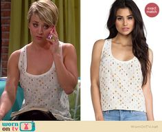 Penny's white bug print tank top on The Big Bang Theory.  Outfit Details: http://wornontv.net/36997/ #TheBigBangTheory