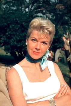 "Doris Day - On the set of ""The Pajama Game"""