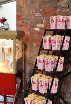 Wedding Food Popcorn stand for Wedding Reception! Cute and perfect for me! Broadway Party, Movie Party, Broadway Wedding, Popcorn Stand, Popcorn Boxes, Popcorn Station, Popcorn Maker, Popcorn Containers, Popcorn Favors