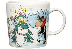 Muumimuki, -kulho ja minimukit, talvi 2013 / Moomin winter mug, bowl and minimugs 2013 Nordic Christmas, Christmas Mugs, Christmas Trees, Moomin Mugs, Mug Tree, Tove Jansson, Tea Cup Set, Scandinavian Design, Pillar Candles