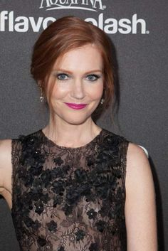 Darby-Stanchfield-face-makeup