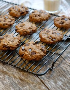 Vegan Lactation Cookies (Gluten-free) « Detoxinista - simple yummy cookies - don't use yeast if not for lactation help