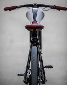 """""""セレブ""""のための高級な自転車、イタリア SPA から - えん乗り"""