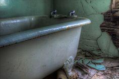 BathWall