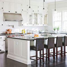 Suzie: Traditional Home - Paul Moon Design - Susan Marinello Interiors - Creamy white kitchen ...