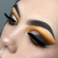 """1,346 Likes, 58 Comments - L U C Y  (@lsgmakeup) on Instagram: """" PUMPKIN SPICE  For this look I again used my new go-to @juviasplace Zulu palette and I'm so…"""""""