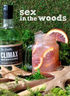 Sex in the woods 2 oz. Climax Moonshine 1½ oz. cranberry juice 1½ oz. orange juice ¾ oz. peach schnapps orange slice for garnish