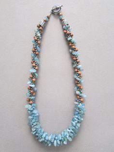 Collana di perline in legno collana Acquamarina di NoGlitzNoGlory