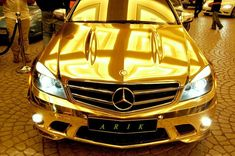 Gold Mercedes, Mercedes C63 Amg, Mercedes Wallpaper, Mercedez Benz, Weird Cars, Strange Cars, Car In The World, Hot Cars, Lamborghini